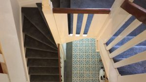 stoffering van trappenhuis
